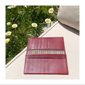 BURBERRY Check Bi-Fold Pebbled Leather Long Wallet